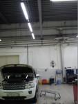 Пример освещения автосалона
