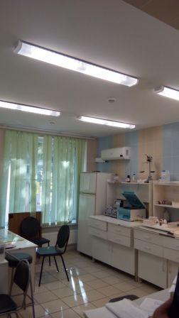 Больничное освещение,Люмика консультация,светодиодные линейные светильники led для чистых медицинских помещений